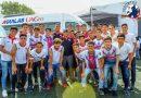 Rector de la UAGro entregó equipamiento a Águilas de la Tercera División.