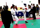 Karatekas de Acapulco incursionan en combate por equipos.