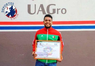 Estudiante de la UAGro recibe Premio Estatal del Deporte 2019.
